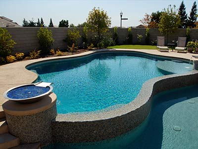 fresno smimming pool